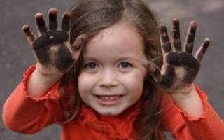 Моллюски на лице у ребенка