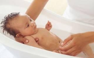 Сколько раз купать ребенка в 3 месяца?