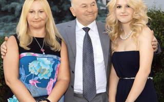 Елена батурина с дочерьми фото, дочь Юрия