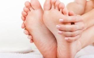 К чему чешется стопа левой ноги – к чему чешутся ляшки примета?