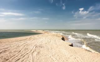 Дно азовского моря без воды: радиоактивные пески азова