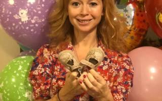 Елена Захарова родила второго ребенка или нет: Анна Мария мамонтова