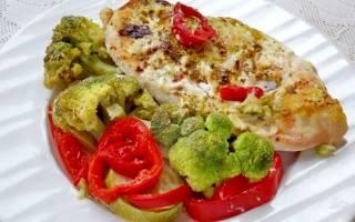 Рецепт куриной грудки с овощами в духовке