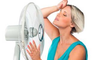 Почему бросает в жар без температуры, почему кидает в пот женщину?