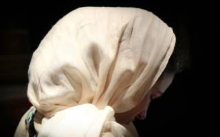 Как завязать платок на голове в церковь?